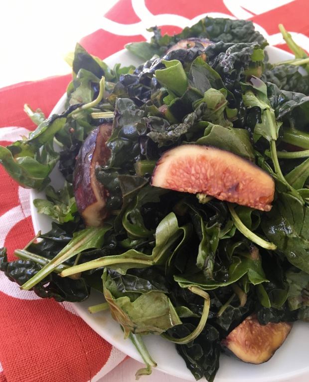 Arugula, Kale & Fig Salad/nourishyourselfnow.com